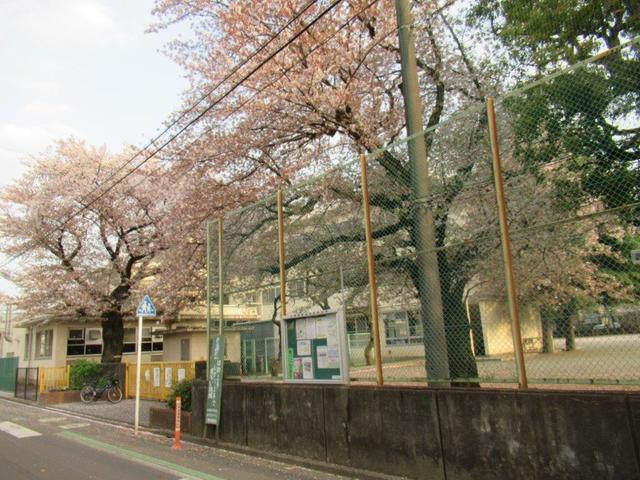 写真①-3 学園東小学校.jpg